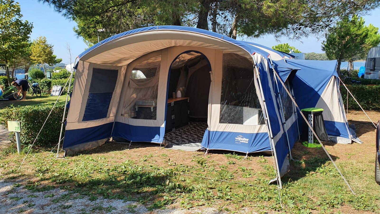 Onze plek op camping Orsera nr 235