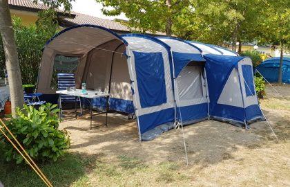 Linden 420 Vrijbuiter Tent bij Gardameer Italië