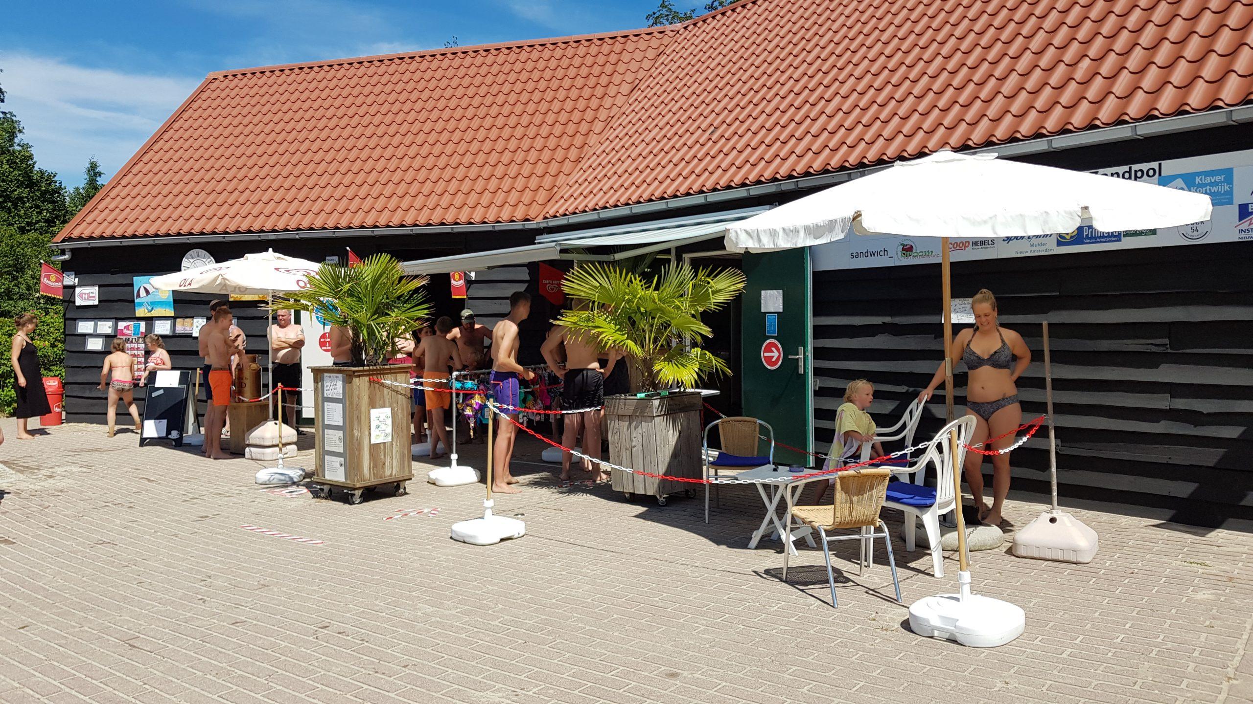 Kiosk bij Natuurbad de Zandpol
